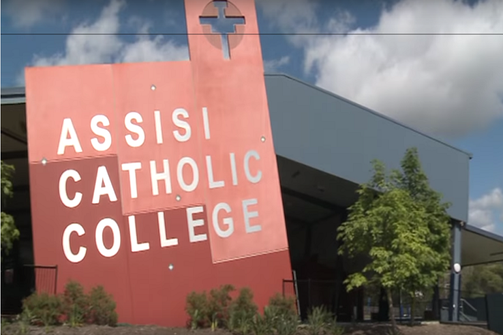 Assisi Catholic College's experience with OverDrive and Oliver